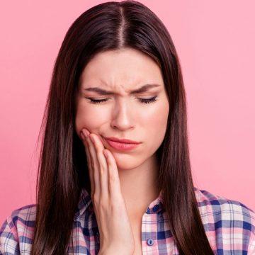 Five Reasons to Visit an Emergency Dentist Immediately